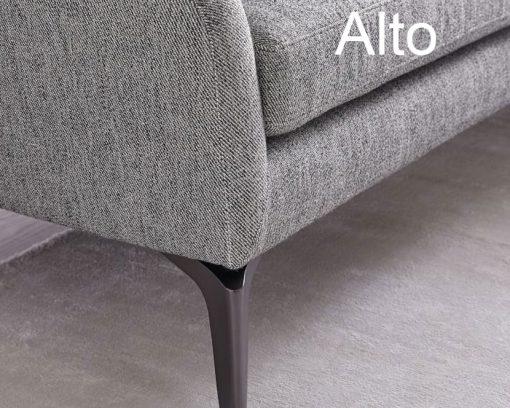Chân ghế gỗ hoặc sắt